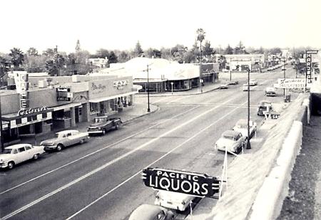Costanza's Pacific Avenue