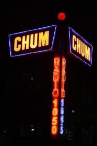 CHUM_radio_neon_signs_Toronto