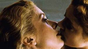 deneuve kissing sarandon