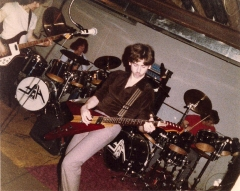 YouthInAsia_1983_rehearsal