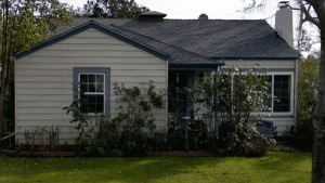 02-_the_house_on_monterey_front