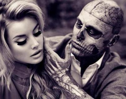 Hot Girl and Zombie