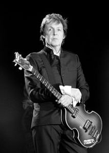220px-Paul_McCartney_black_and_white