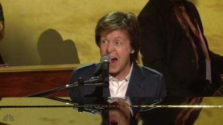 paul-mccartney-piano-maybe-im-amazed-snl-2015
