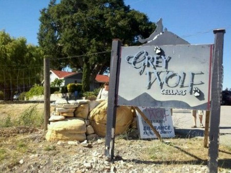 grey wolf winery