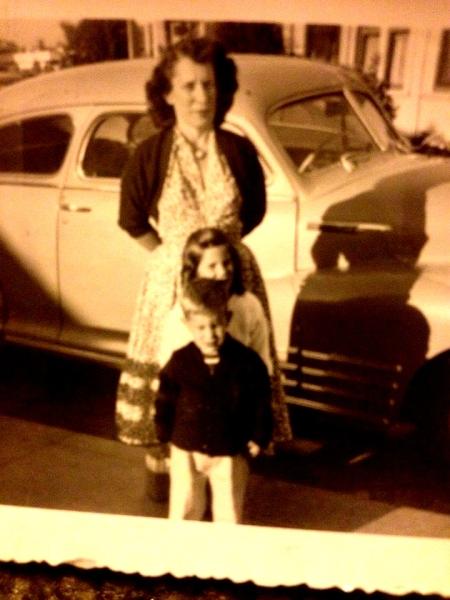 Aunt Jennie Linda Brother Ellis Street cropped