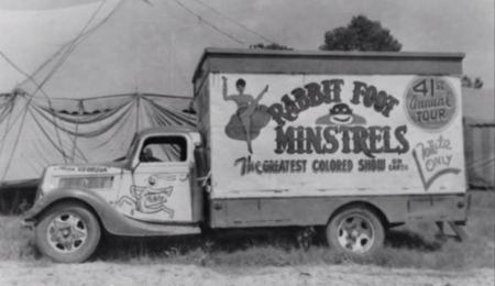 Ma Rainy Rabbit Foot Truck