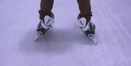 splayed ice skates