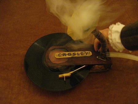Smoking turntable