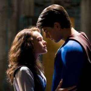 c_320_320_16777215_00_images_superman-returns_scr-4
