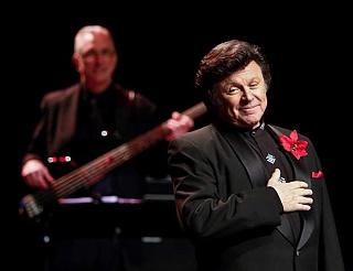 Bobby Curtola touches heart